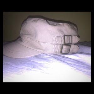 Tan/brow hat